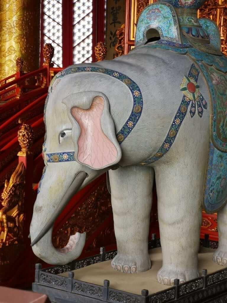 forbidden city elephant statue