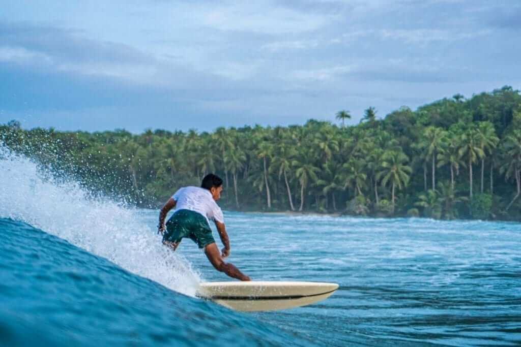 buddha resort surfing