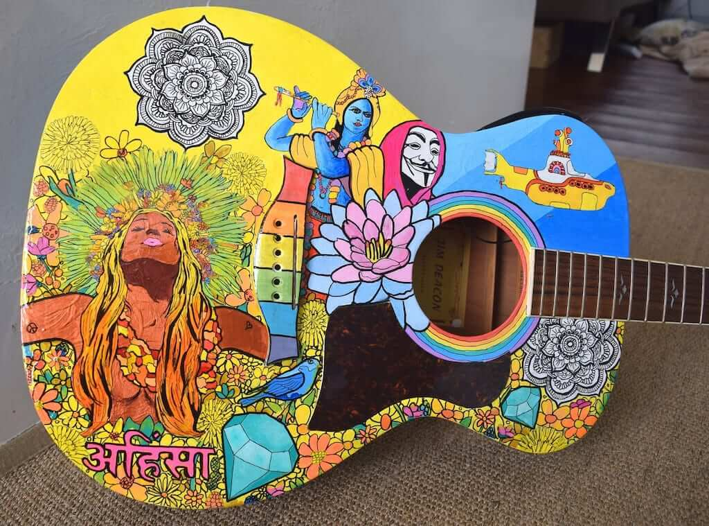 Music is such an intrinsic part of Goans that it is believed that they are born with a guitar!