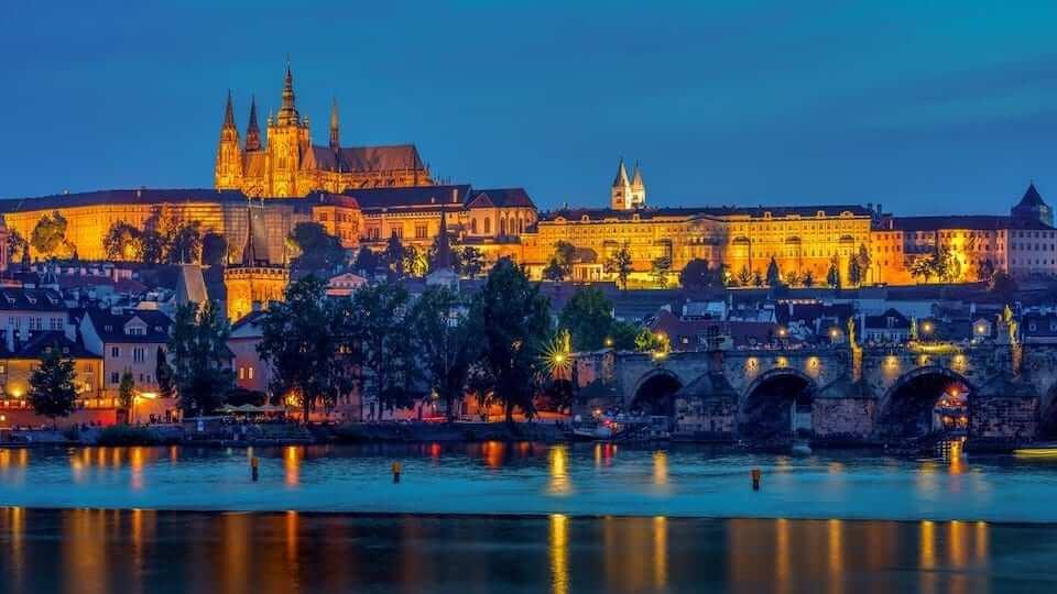 prague castle night lights