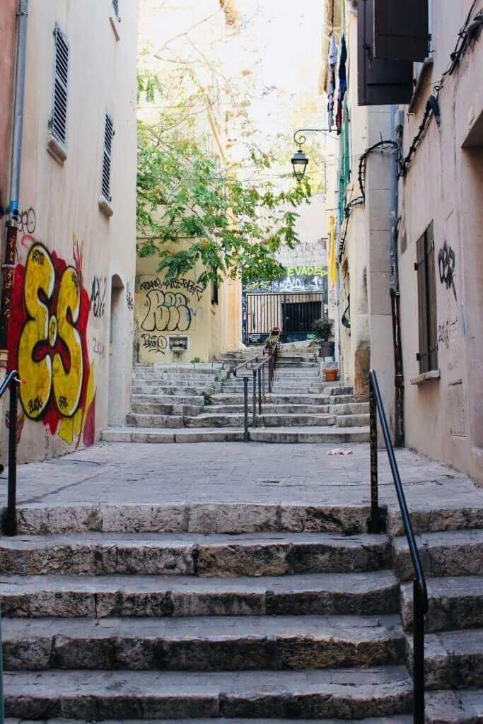 Le Panier streets