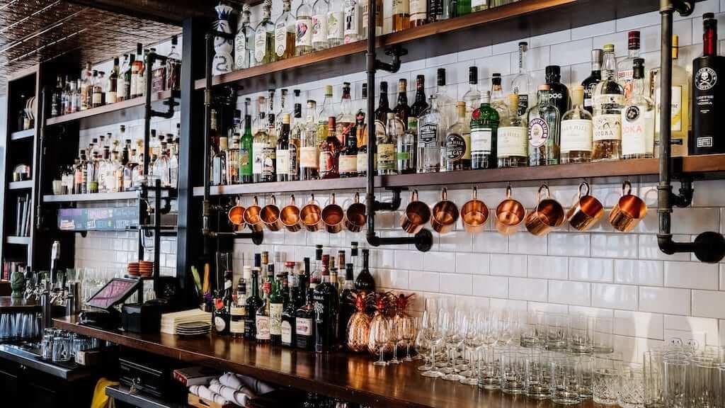 bar speakeasy