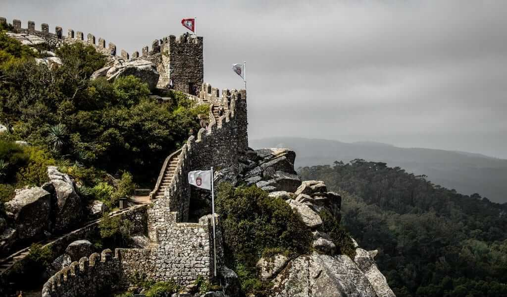 Located at the top of the Sintra Mountains, Castle of the Moors has a panoramic view of the municipality of Sintra