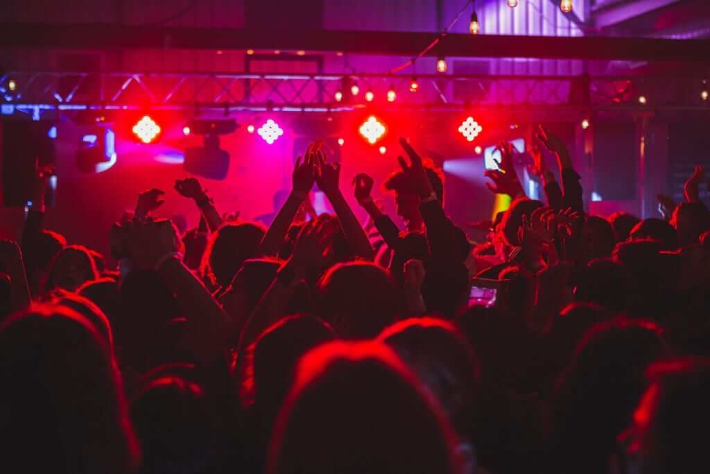 clubbing concert