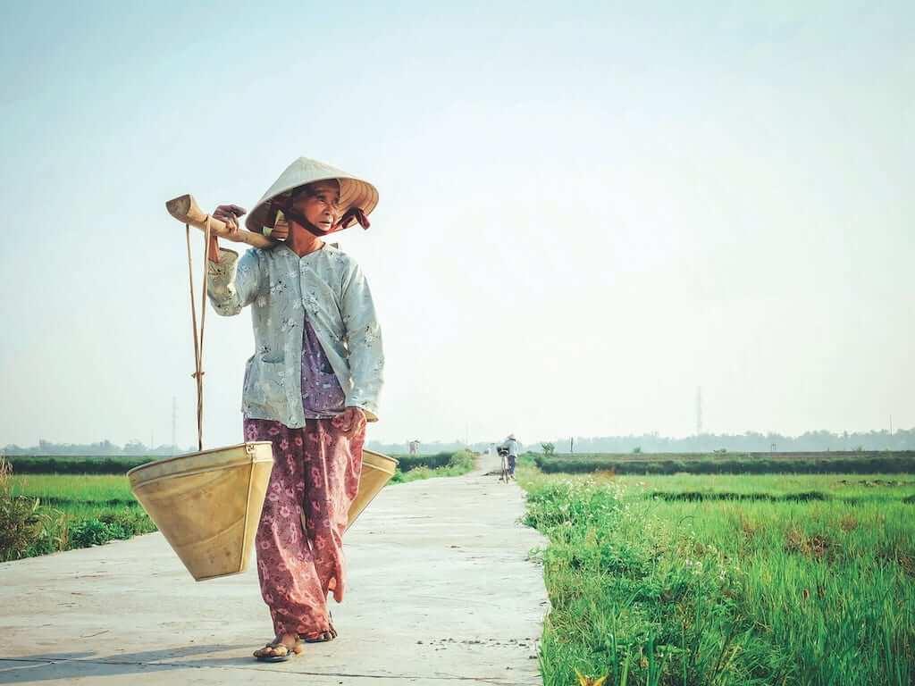 farmer woman vietnam