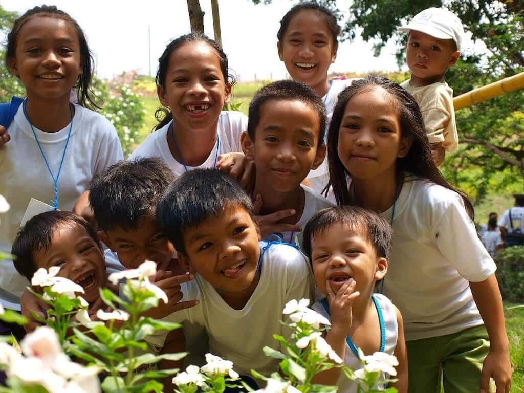school children in the philippines