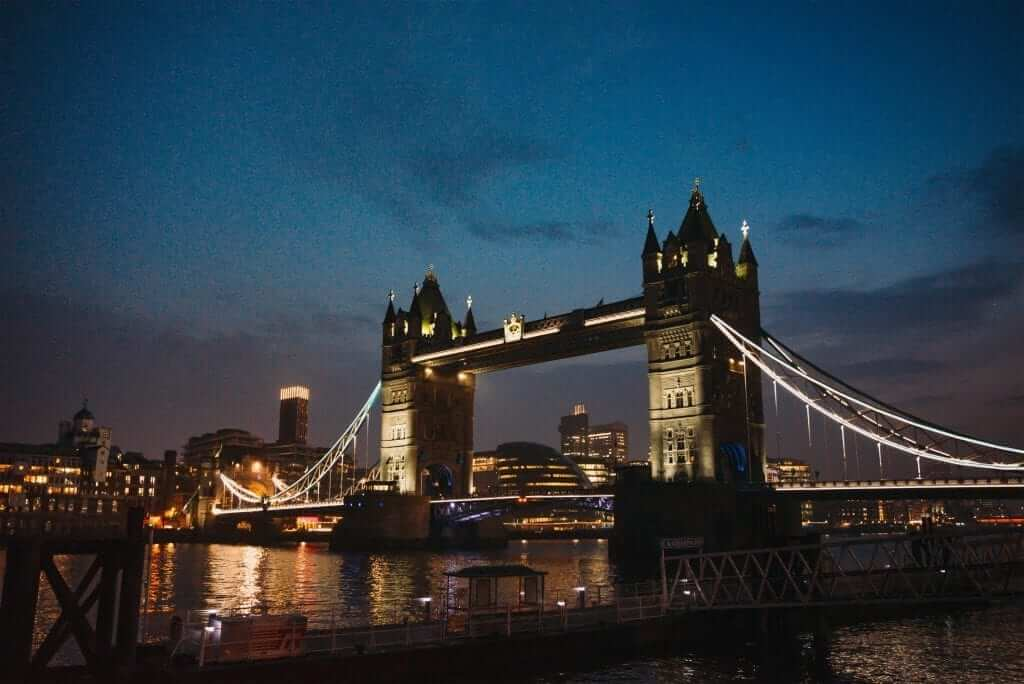 london tower bridge night