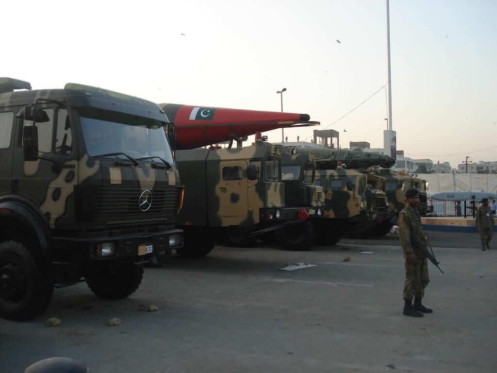 military truck pakistan
