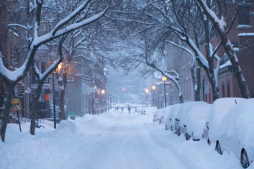 montreal snowy streets