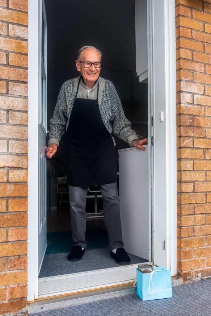 old man neighbour