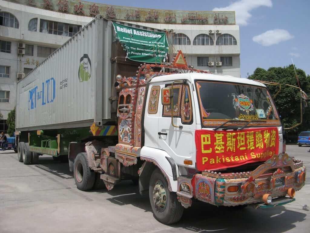 pakistan relief truck