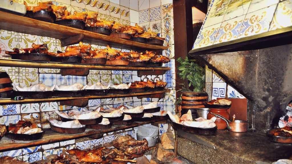 roasted piglets Sobrino de Botin