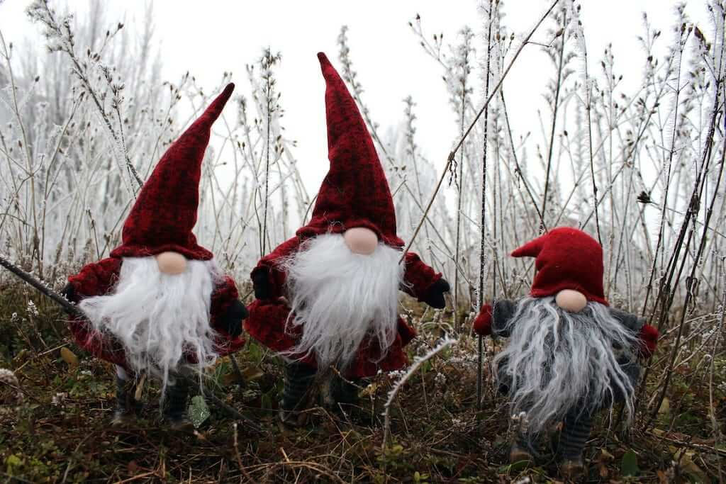 santa elves