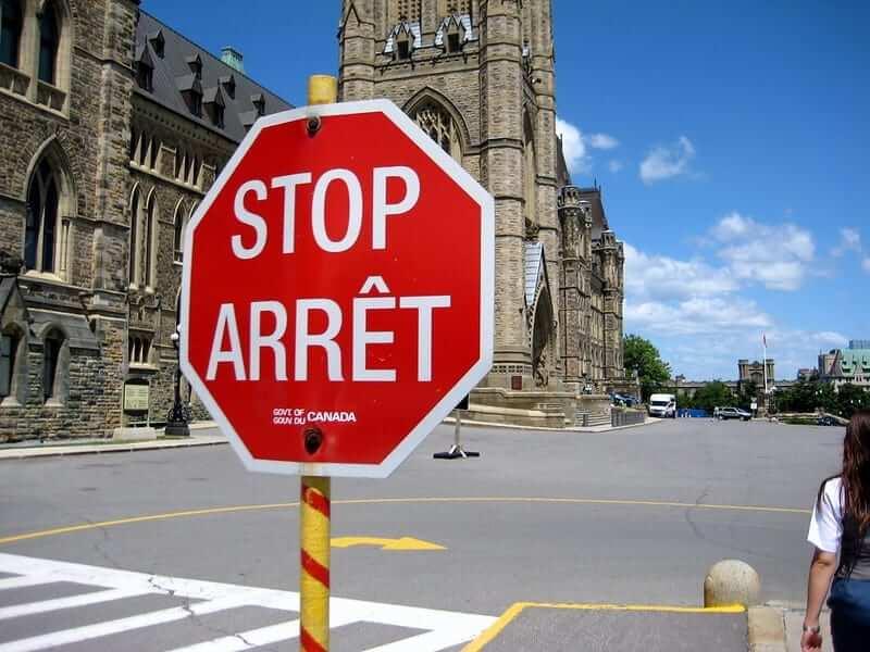 stop arret bilingual