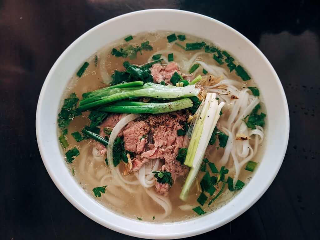vietnamese pho beef noodles