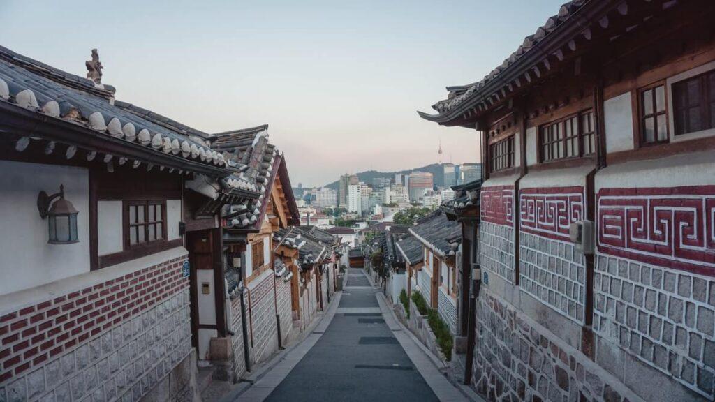 hanok street seoul