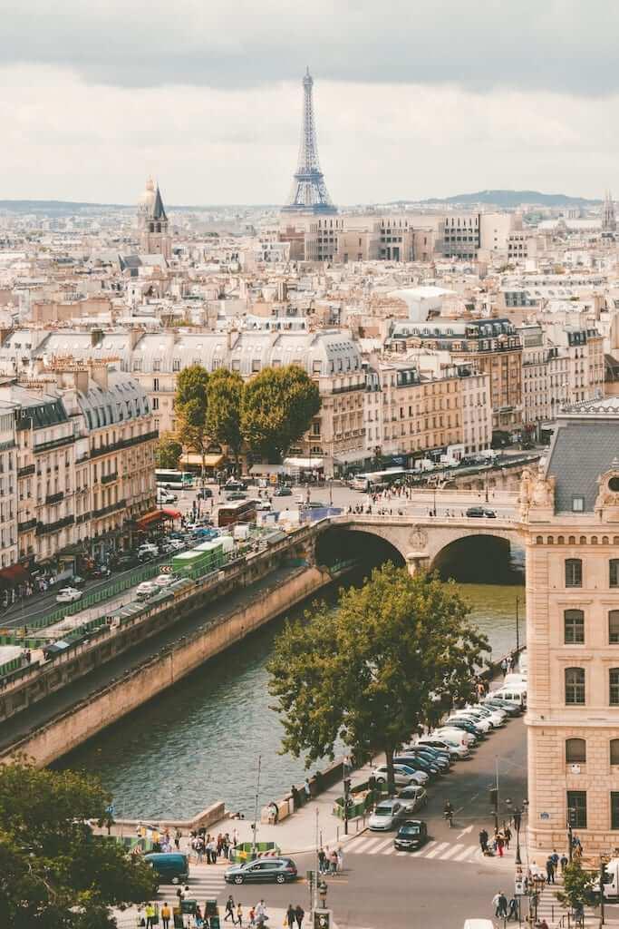 paris skyline seine