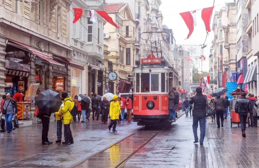 red tram istanbul