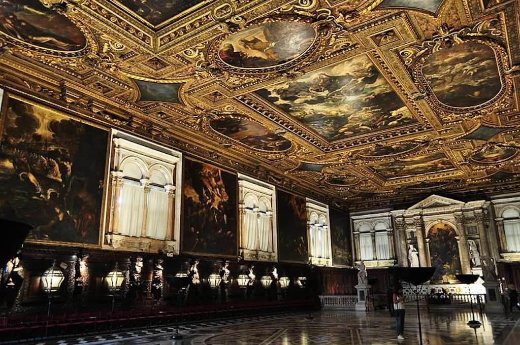 Salle capitulaire in Scuola Grande di San Rocco, Venice