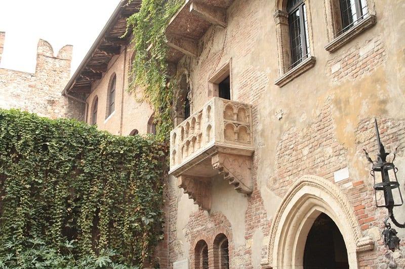 Juliet's balcony in Verona, Italy