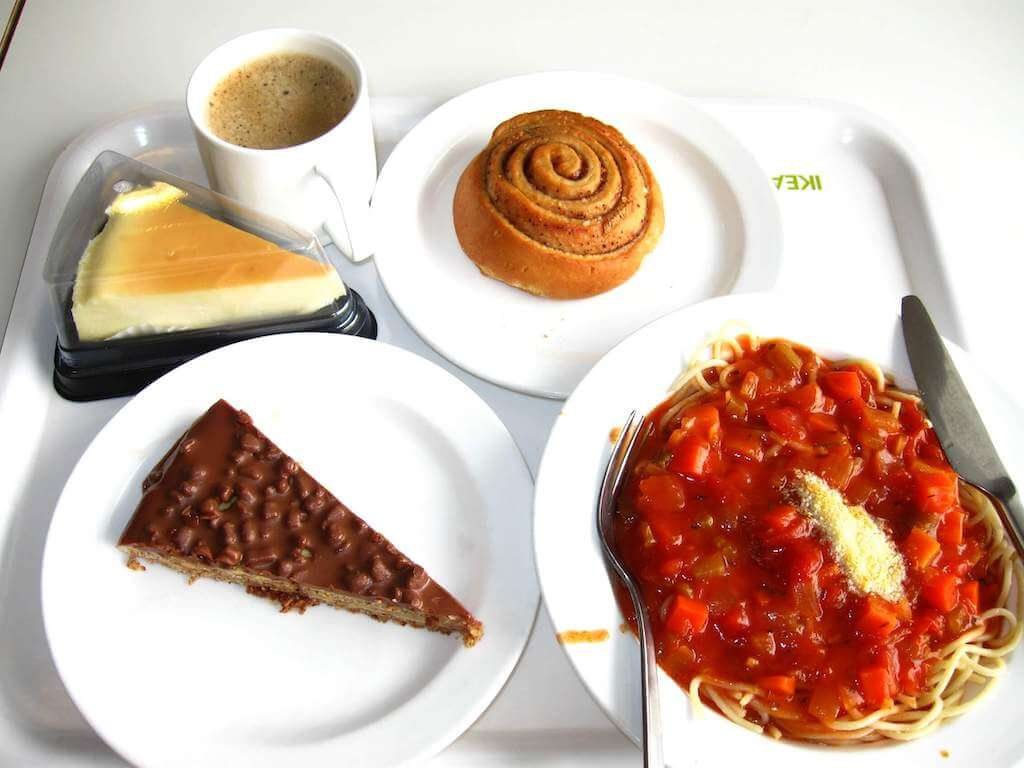 daim cake and other desserts
