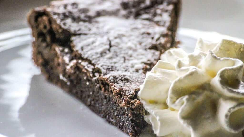 Kladdkaka chocolate cake