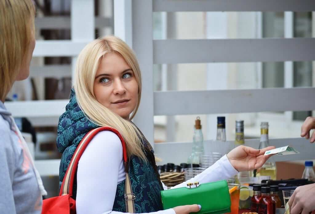 russian girl at the cashier counter