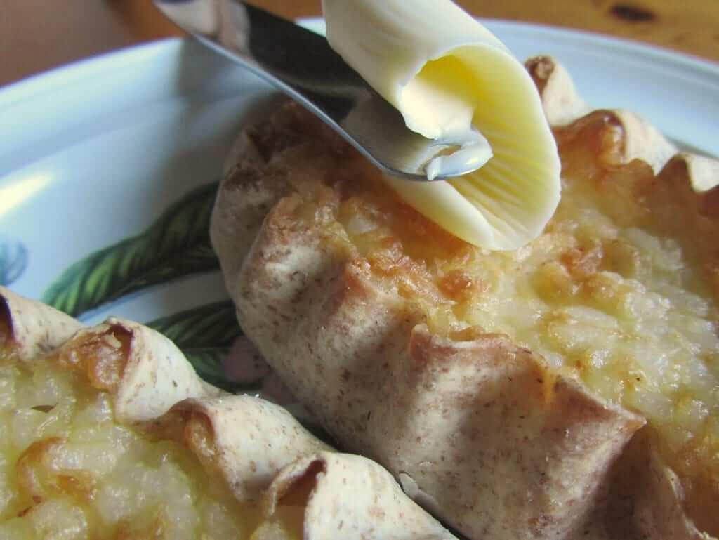 Finnish karelian pie