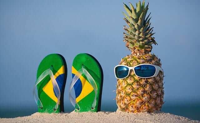 Pineapple with sunglass