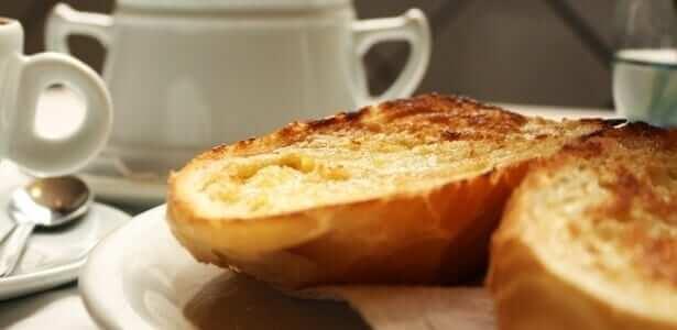 Brazilian toast