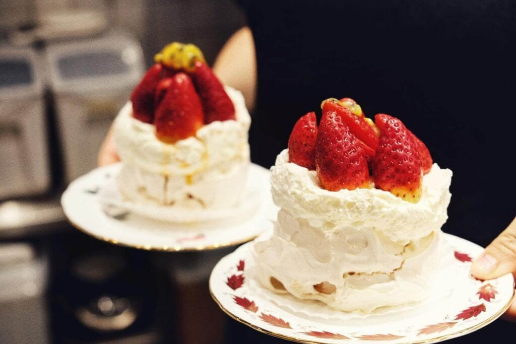 Strawberry cake from Jaslyn Cakes