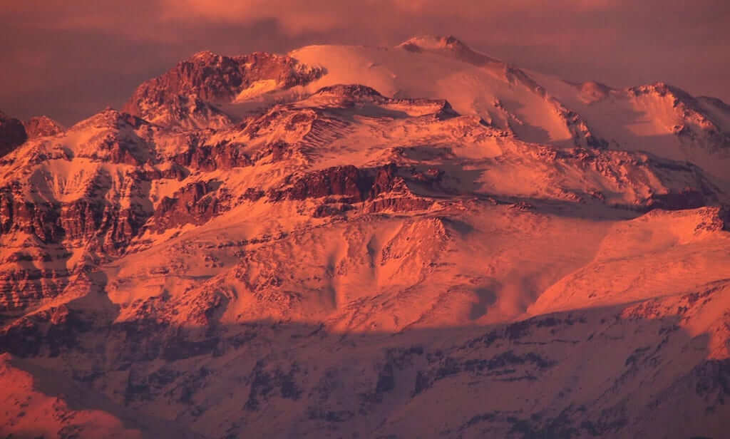 Reddish andes mountains