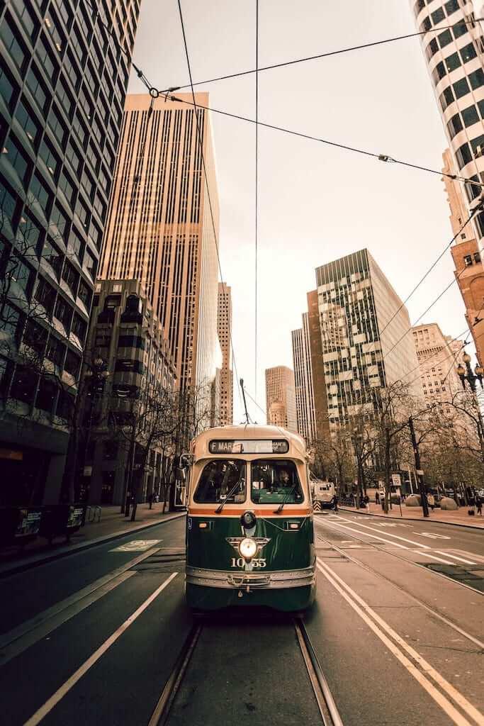 San Fran cable car