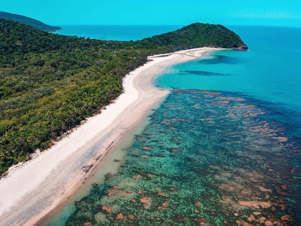 an aerial view of the great barrier reef