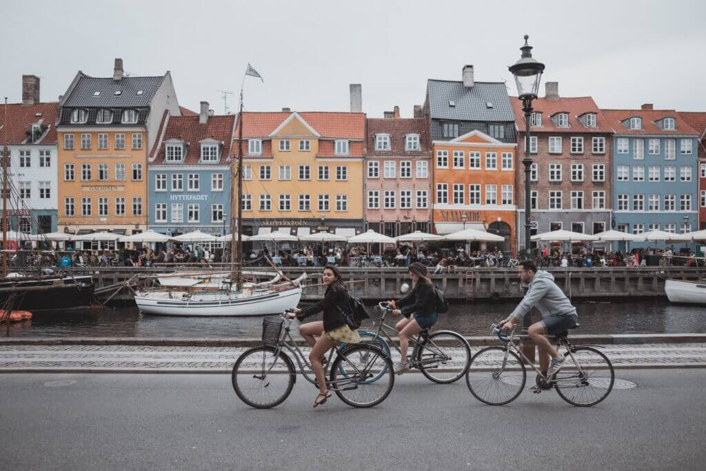 cycling in the streets of copenhagen