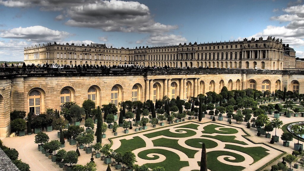 the famous Versailles Palace