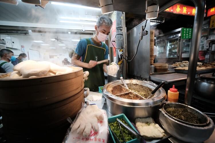 Taiwanese cook