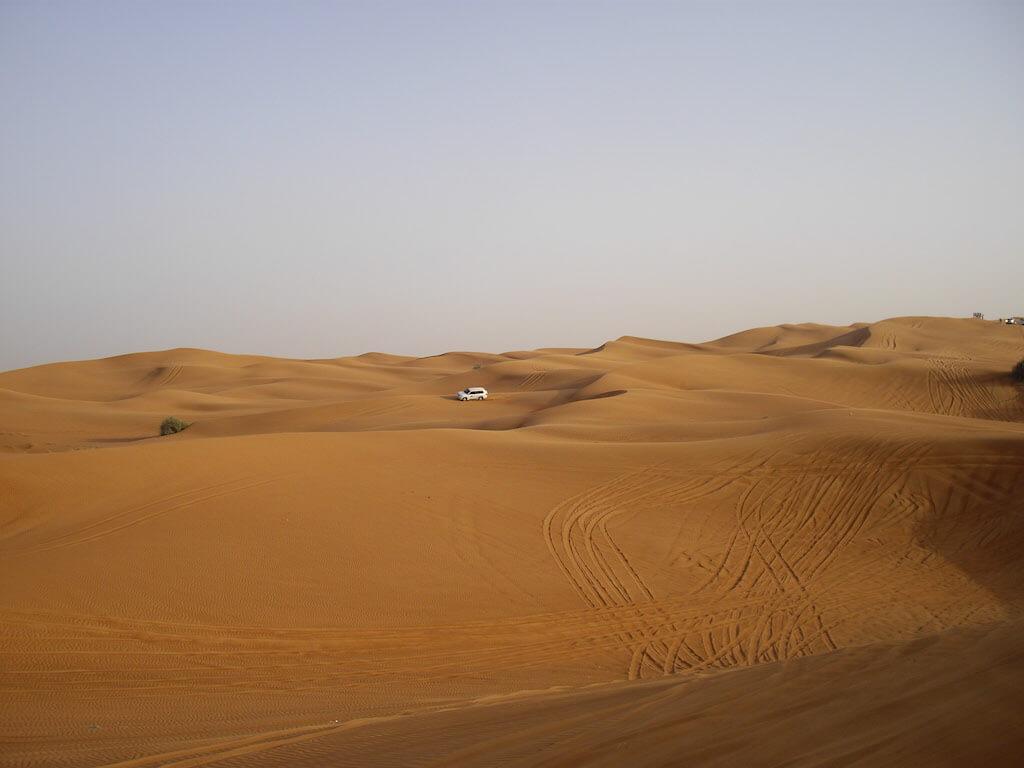 Dune bashing in Dubai desert