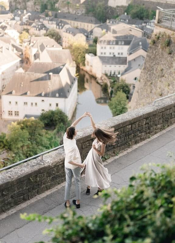 Couple dancing in Luxembourg