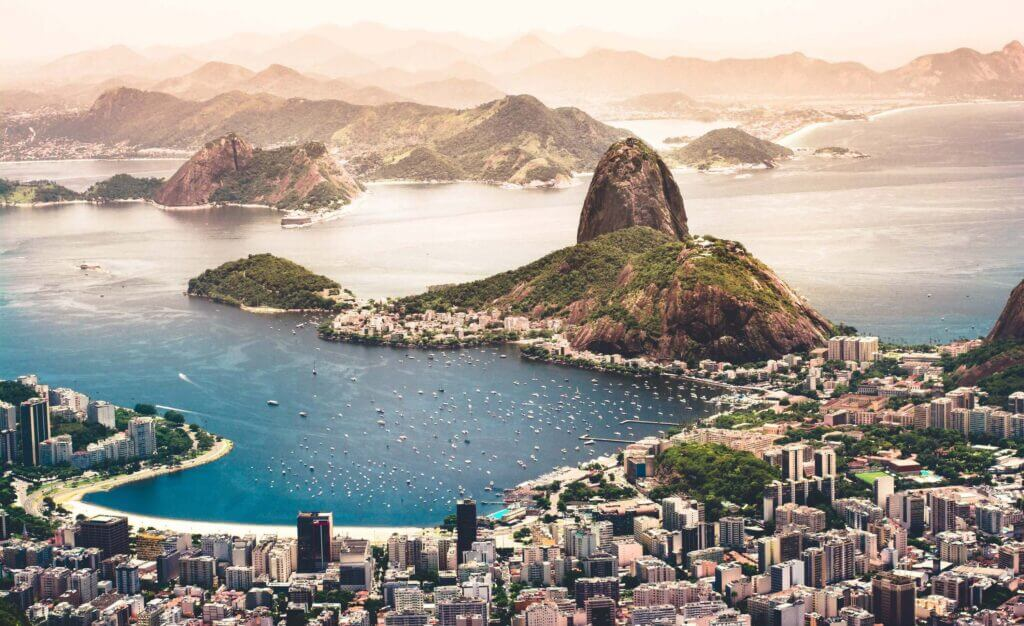 rio is famous for the sugarloaf mountain